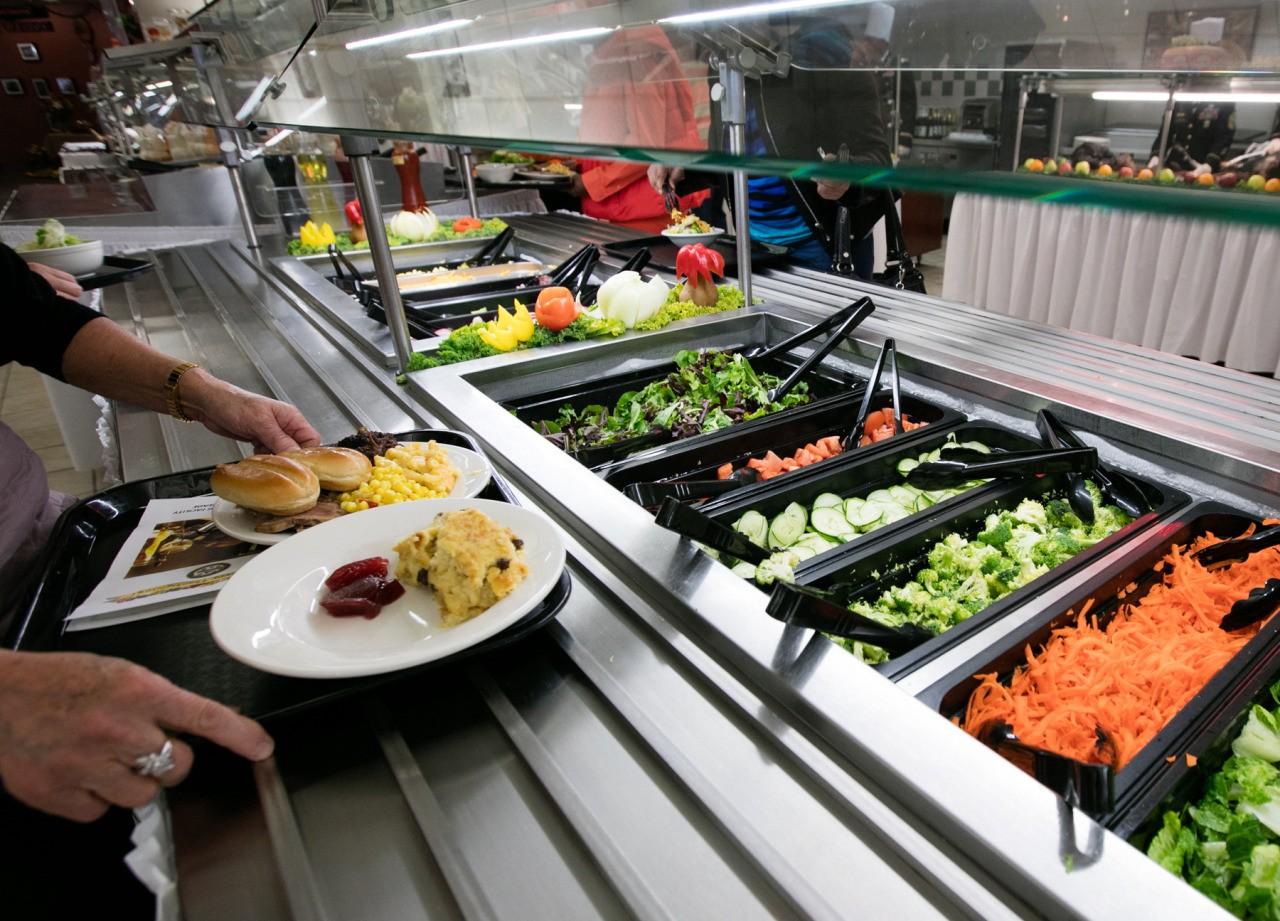 salad buffet cost