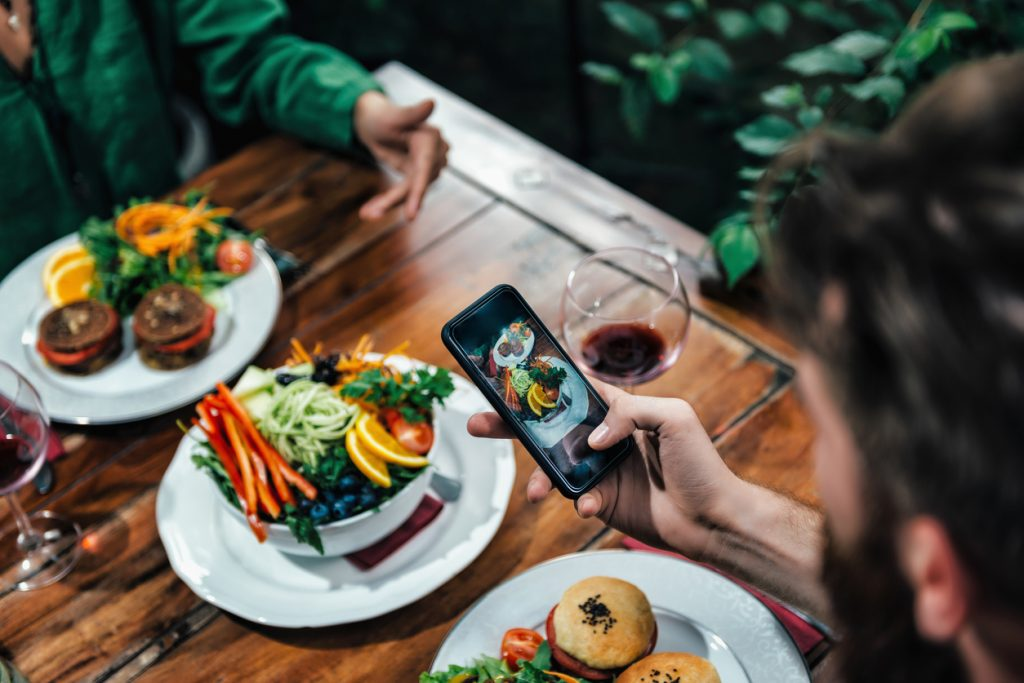 Promoting-Your-New-Restaurant