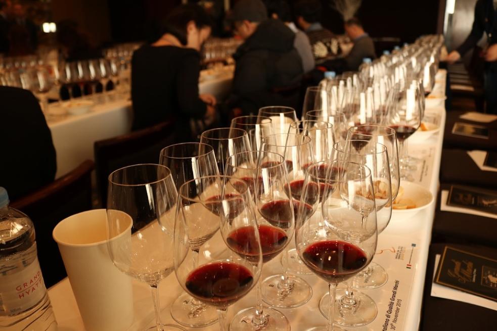 Plan a wine tasting event
