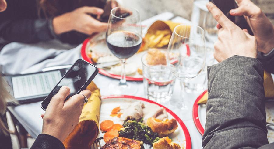 social-media-for-restaurants-1